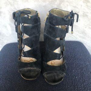 Sam Edelman Strappy Black with Gold Heels Size 8M